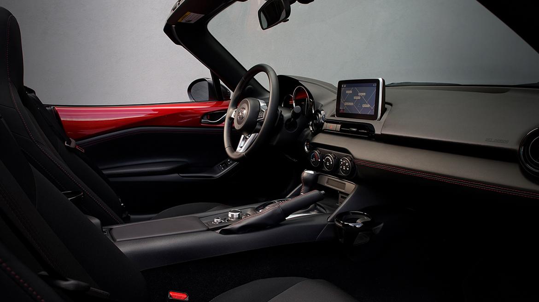 precio Mazda MX-5 2019 - interior
