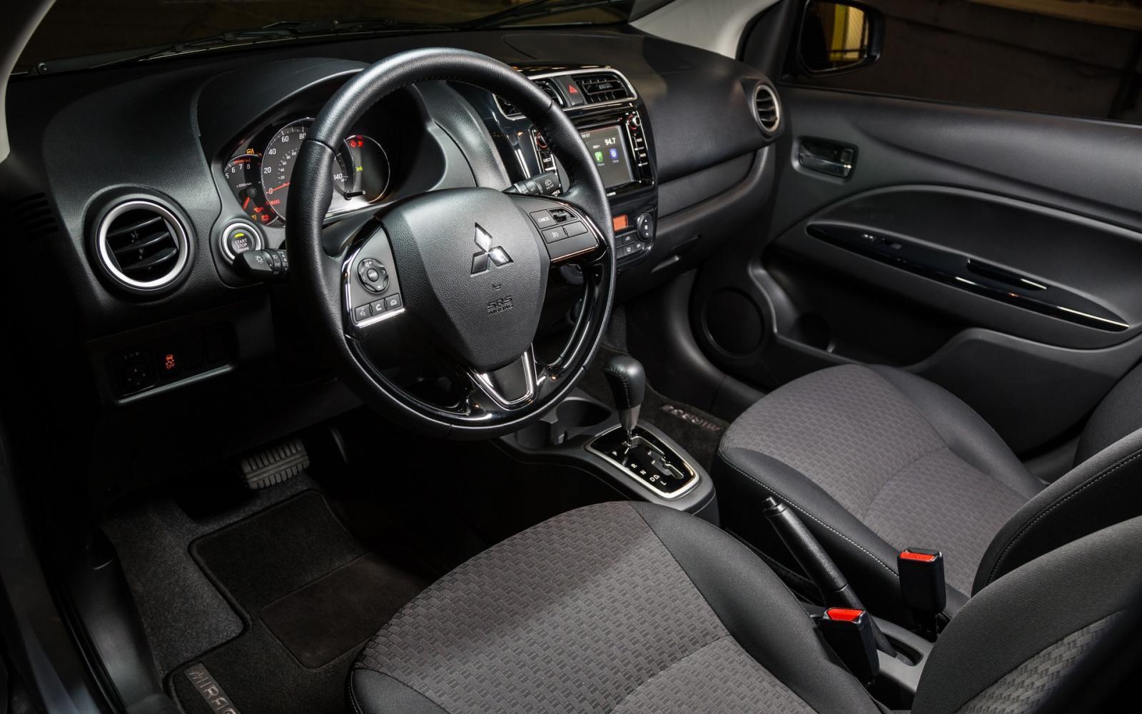 Interior Mitsubishi Mirage