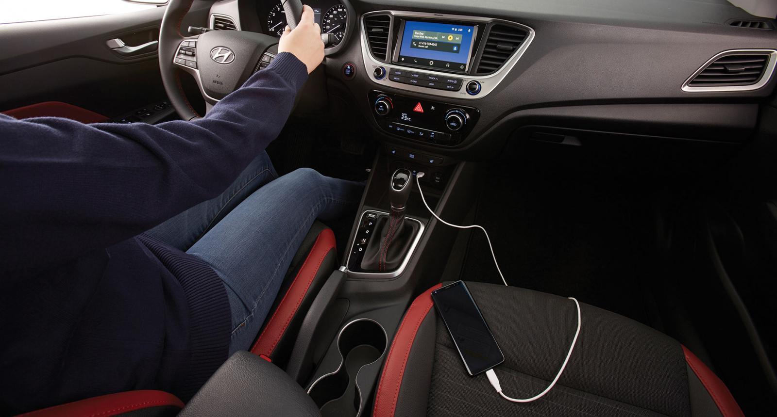 Hyundai Accent Hatchback GLS TA