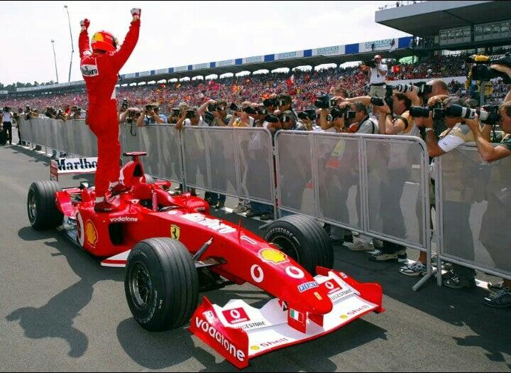 Schumacher celebra
