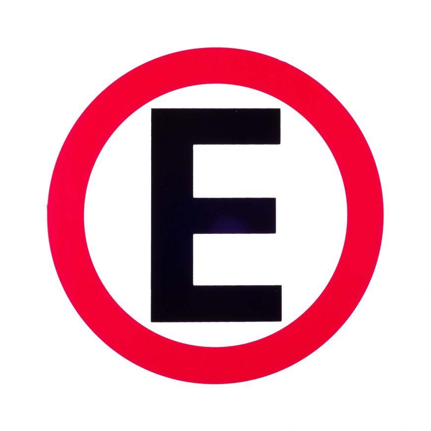 Estacionamiento señalización