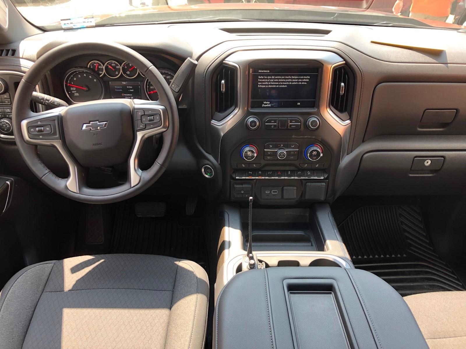 Interior de la Chevrolet Cheyenne