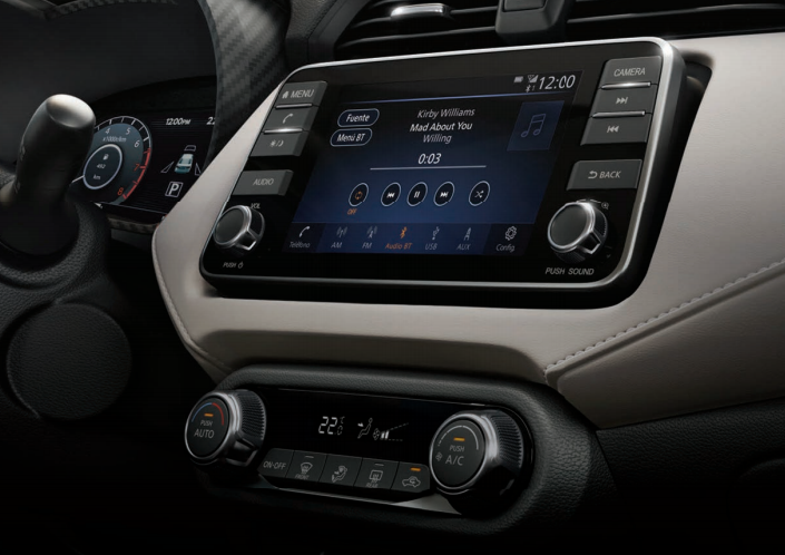 Nissan Versa Advance TM 2020