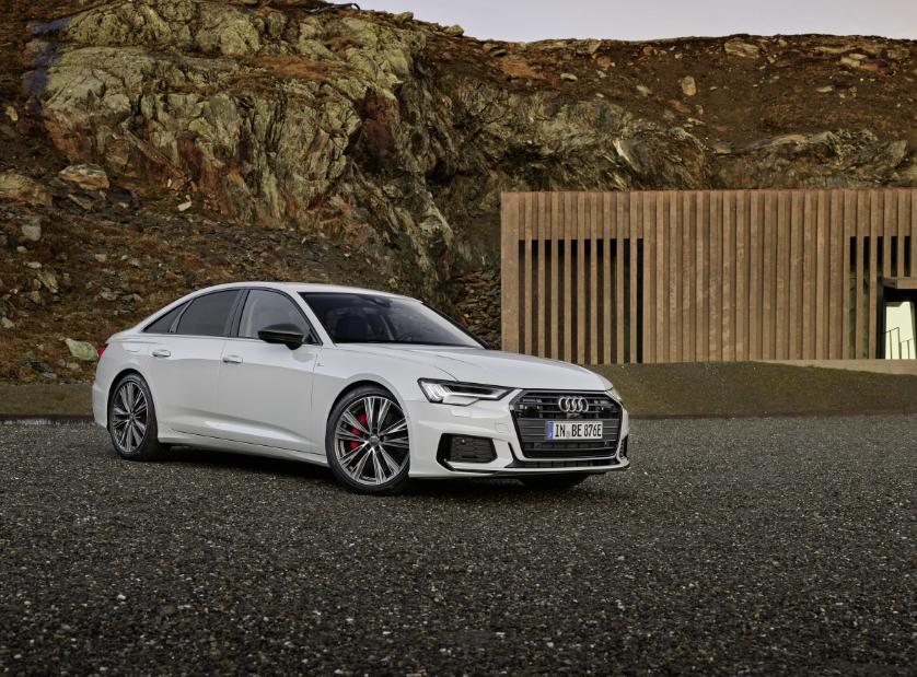 Audi sedán mucho camino que recorrer