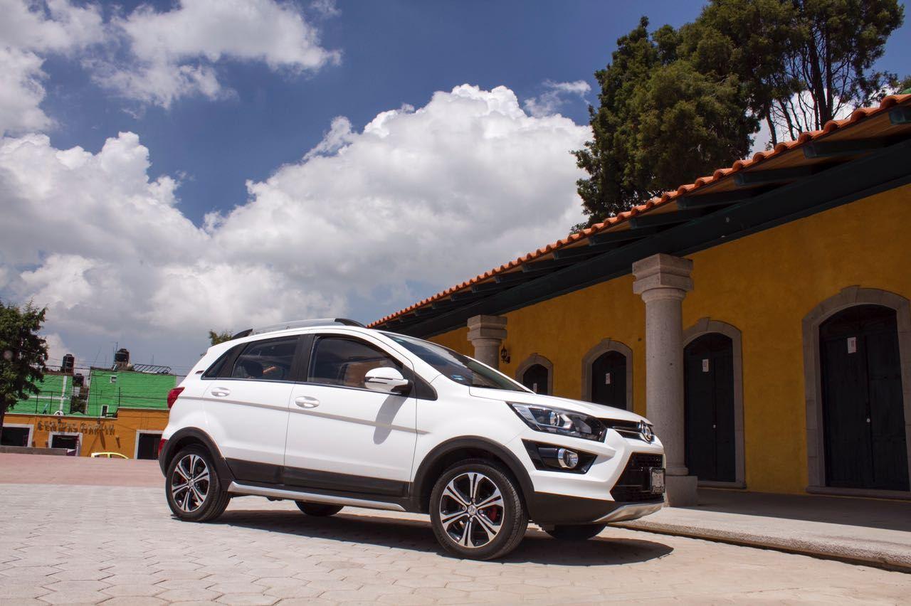 BAIC X25 2020 blanca