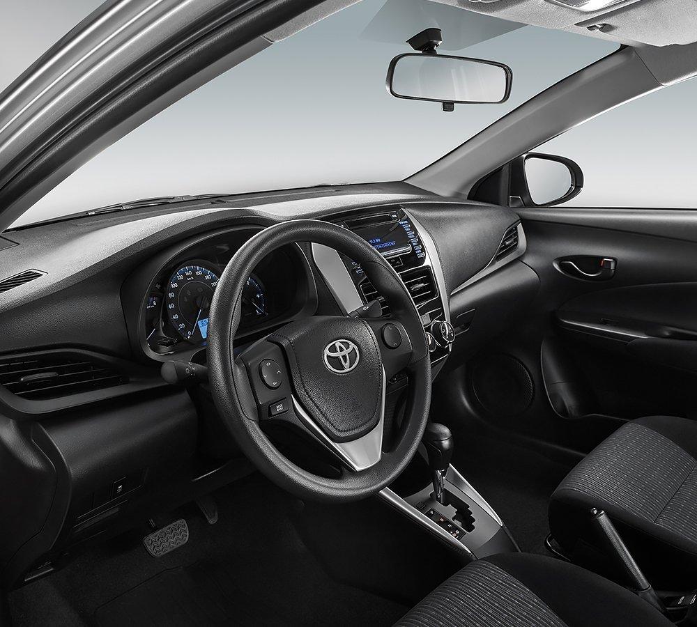 Interior del Toyota Yaris 2020