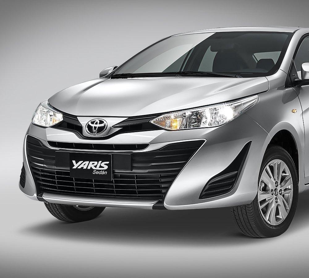 Toyota Yaris Sedán S CVT 2020