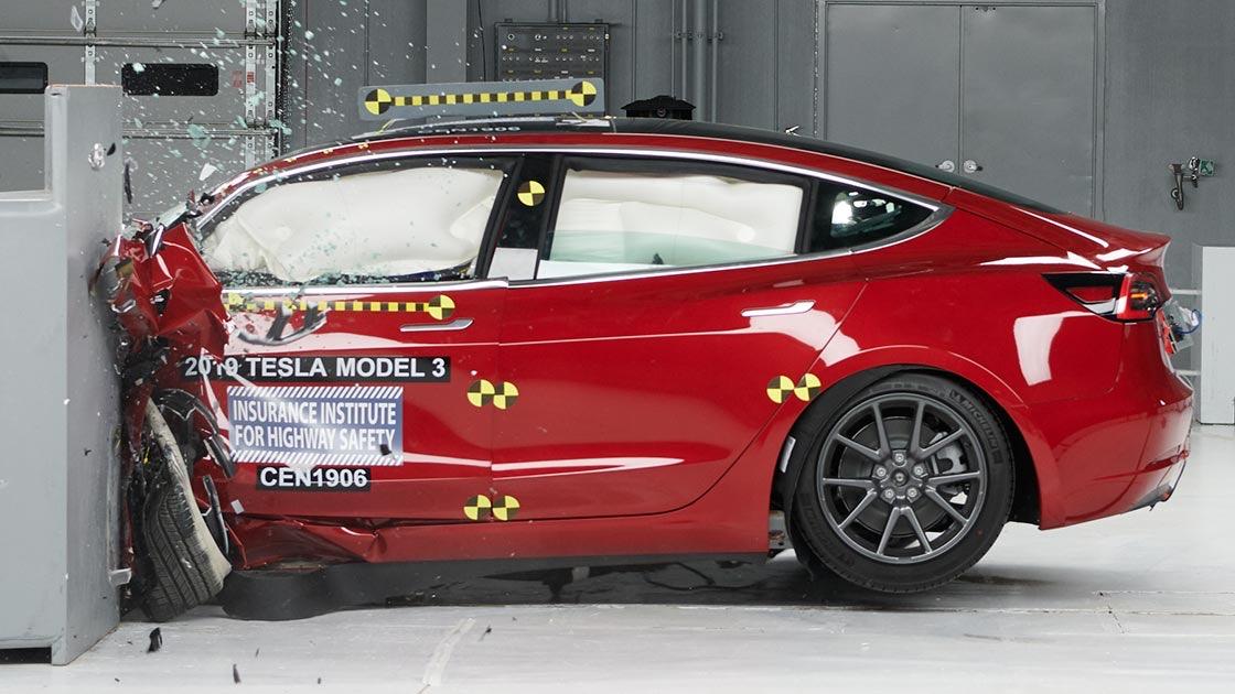 Tesla Model 3 iihs