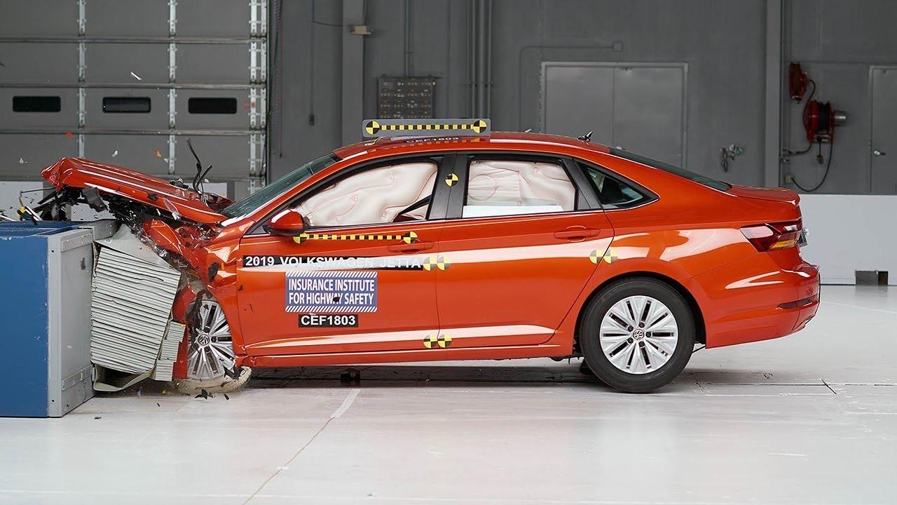 Volkswagen Jetta IIHS