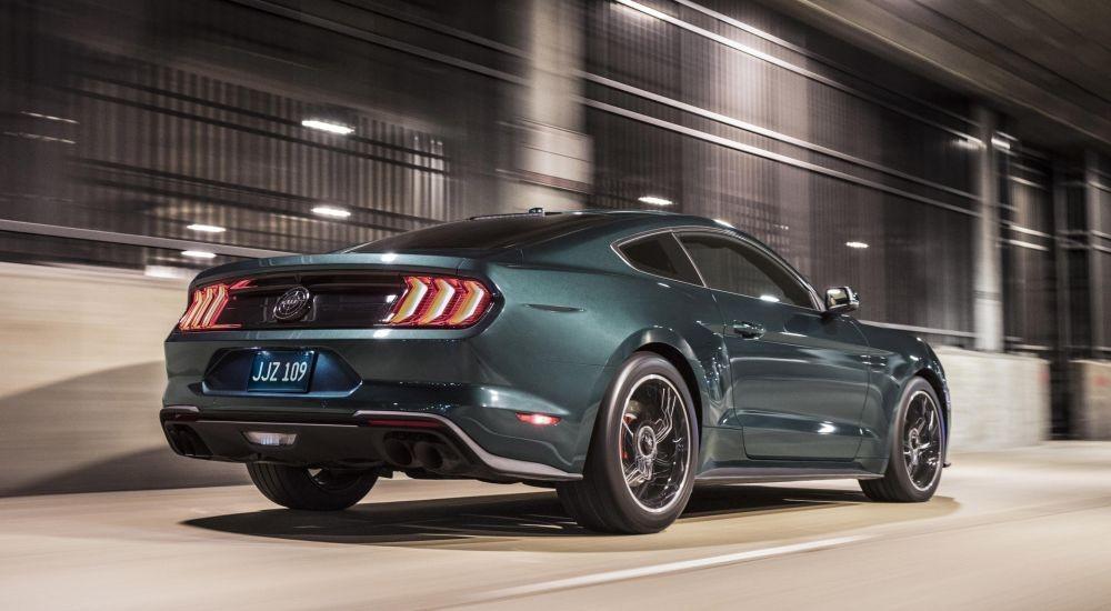 Ford Mustang Bullitt rodando
