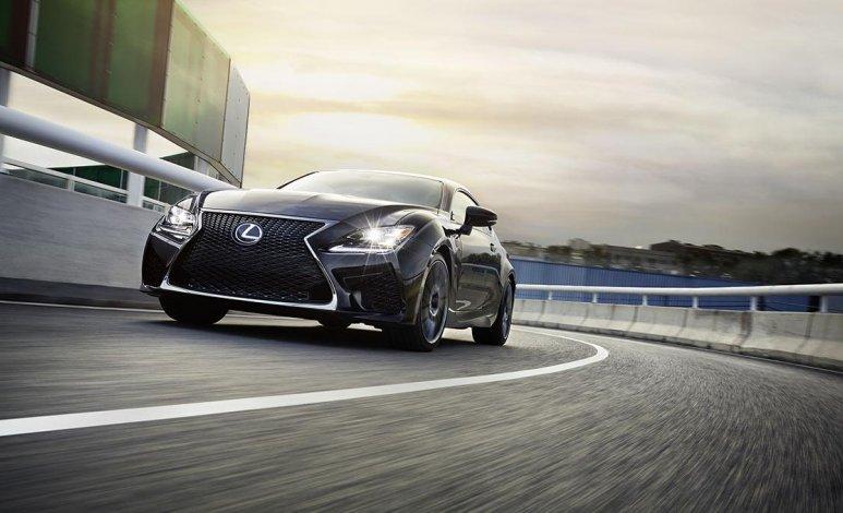 El Auto Show de Detroit da la bienvenida al Lexus RC F