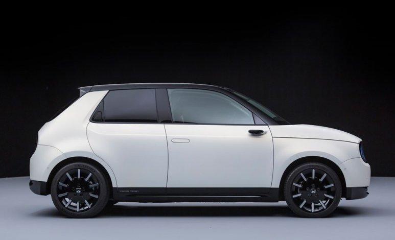 Honda e-Prototype, el vehículo urbano retro-futurista de Honda