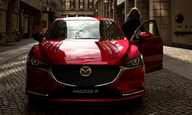 Comparativa: Mazda 6 Signature 2019 vs Honda Accord Touring 2019
