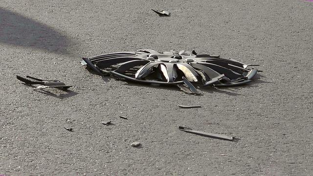 ¿Qué hacer si se te revienta un neumático en carretera?