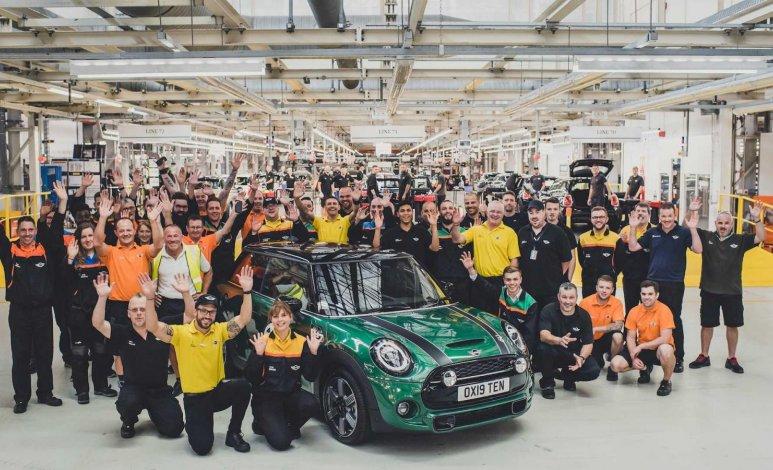 MINI celebra sus 10 millones de autos producidos