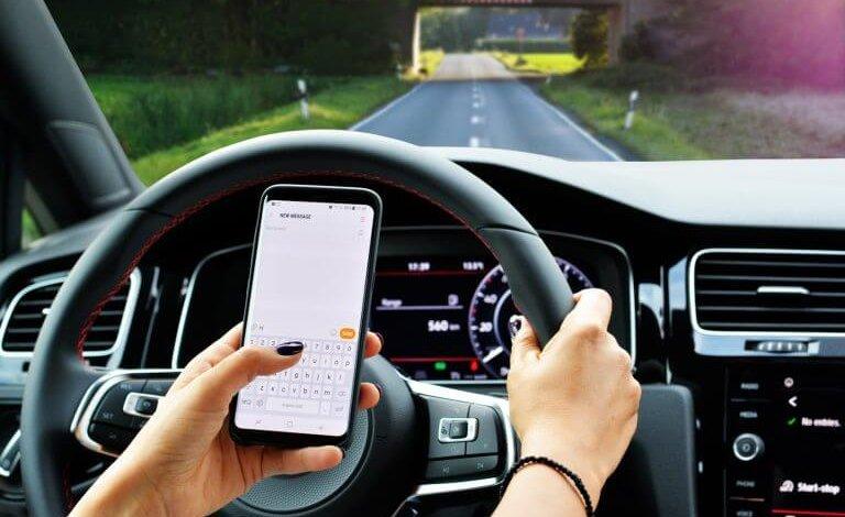 3 consejos para operar el teléfono de manera segura en el camino