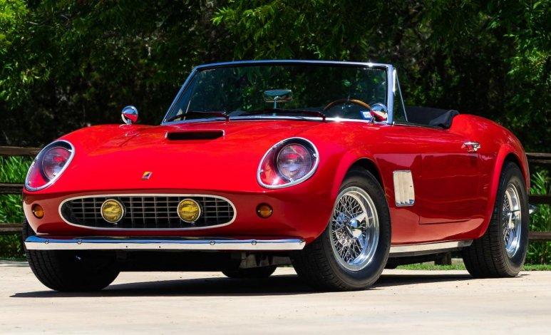 "El Modena Spyder California 1963 de ""Ferris Bueller's day off"" está en subasta"