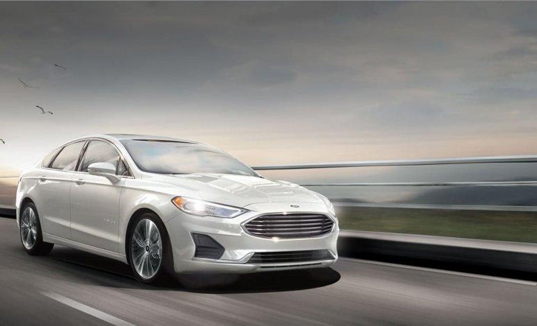 Ford Fusion Híbrido 2020: Pros y contras