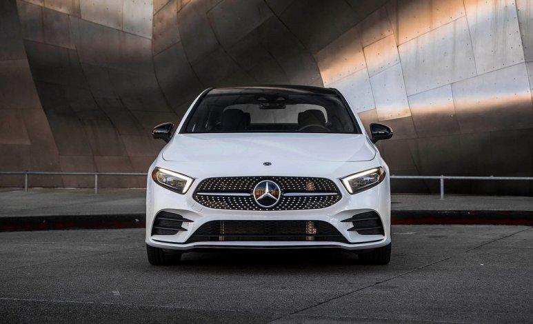 Mercedes-Benz A 200 Sport Sedán 2020: Pros y contras