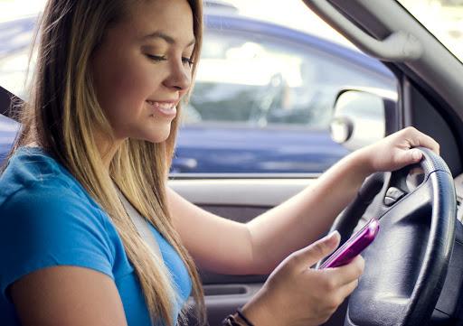 Errores que los conductores jóvenes suelen cometer