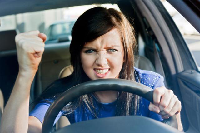 Acciones que te convierten en un conductor molesto (Parte 1)