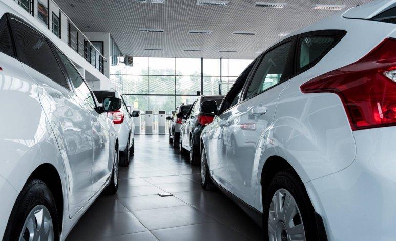 Cómo legalizar en México autos comprados en EEUU