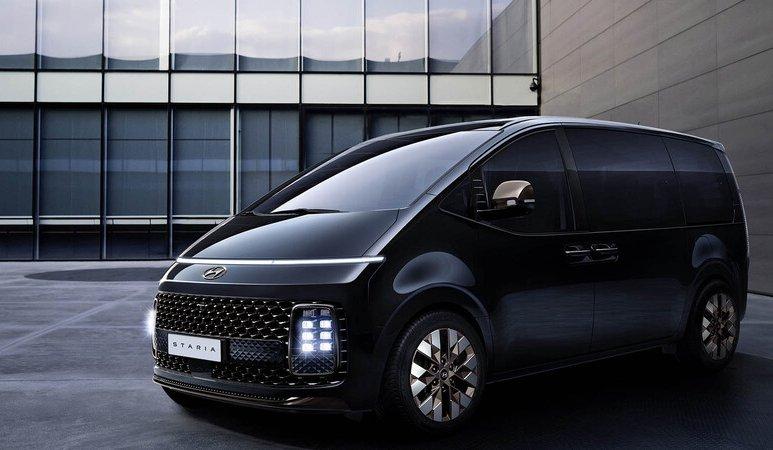 Hyundai Staria, ni SUV ni van, pero lista para viajar