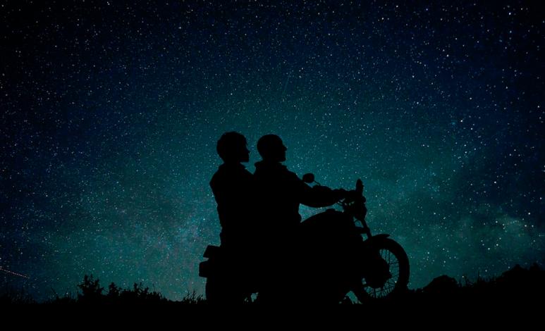 ¿Es cómodo viajar en moto?