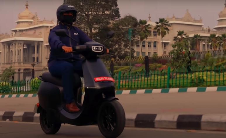Ola recibe miles de solicitudes para su motoneta eléctrica