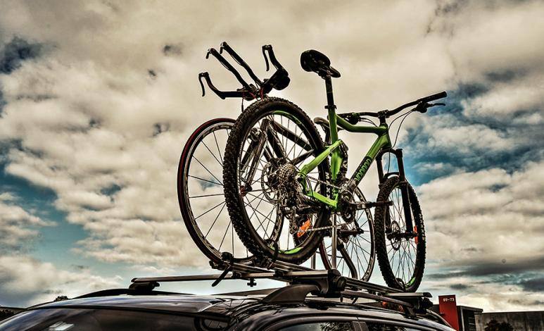 Las mejores maneras de transportar tu bicicleta en tu auto